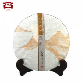 Чай Шу Пуэр Мэнхай Да И 7692 1501 2015 года 357 г