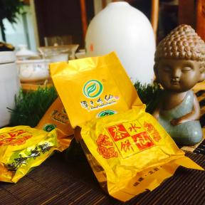 Чай улун Шуй Сянь Светлый Green age 250 г