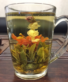 Чай связанный Жасминовый цветок лилии