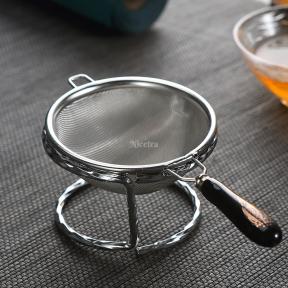 Ситечко для чая с подставкой металлическое с черной ручкой